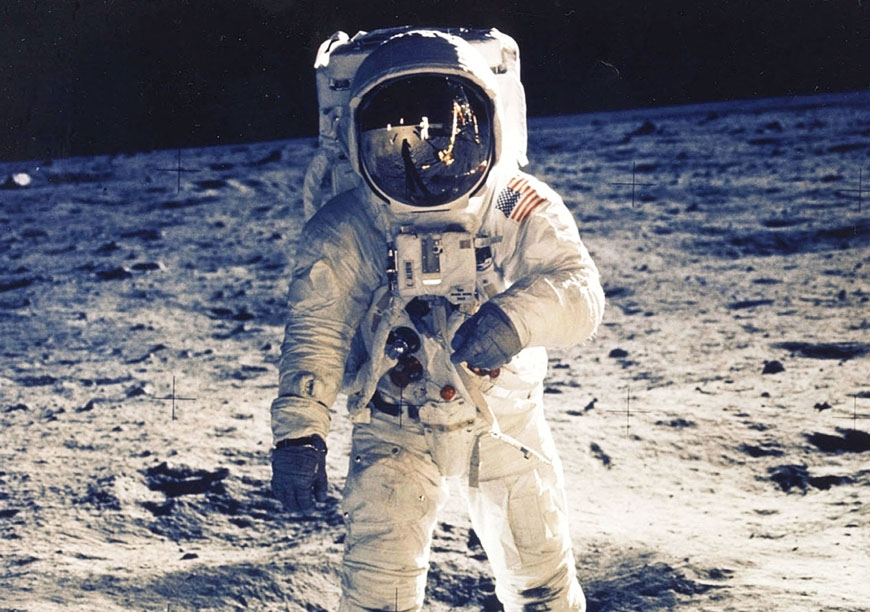 Neil Armstrong och Plantronics